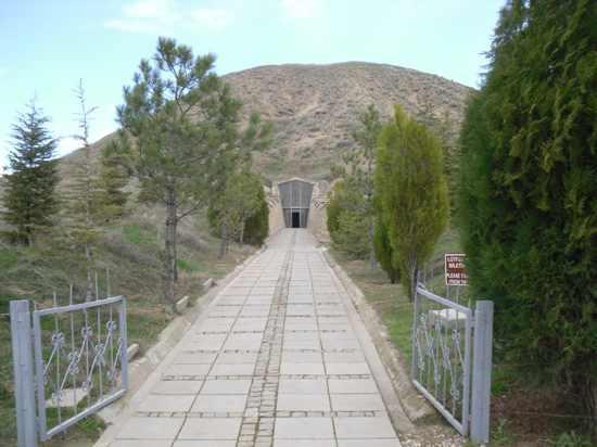 19-Sdc10899-Mound-Of-Midas-Tomb