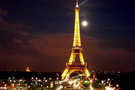 Eiffel-Tower-Paris-215498 1024 683