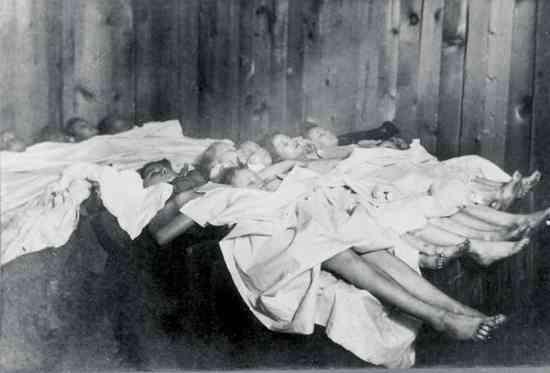Calumet Bodies Of Victims 2