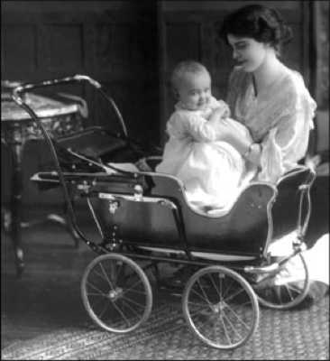 Antique Baby Carriage March07