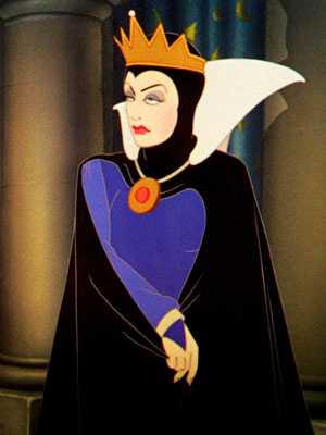 Julia-Roberts-Is-The-Evil-Queen