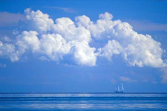 Blue%20Sky%20Sailboat