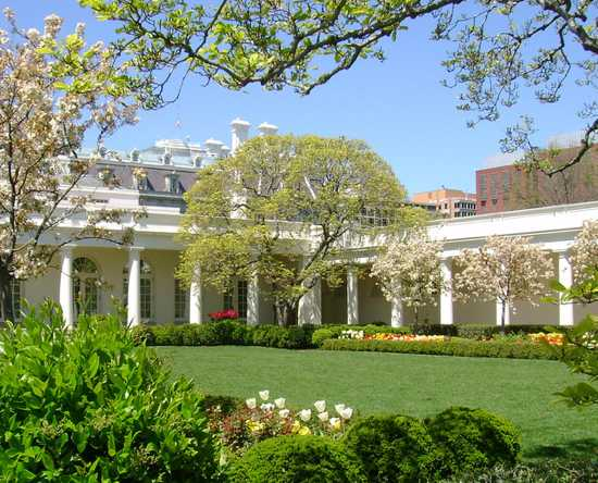 White-House-Rose-Garden