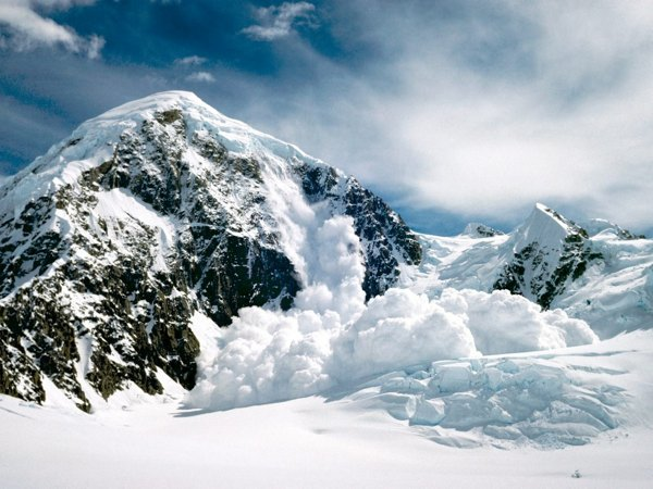 Avalanche-Awareness-Course-Morzine1