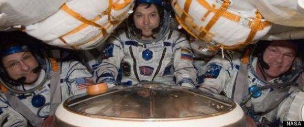 R-Astronauts-Return-Large570