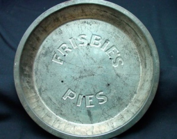 Frisbie-Pie-Pan