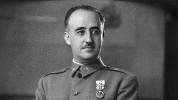 Generalfranciscofranco1944 275X155-1