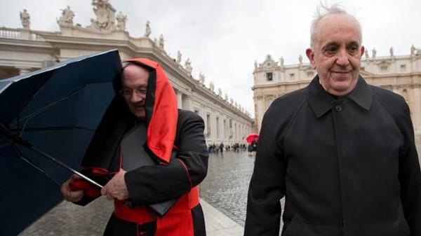Ajm115-Vatican+Pope+Cardinaaa