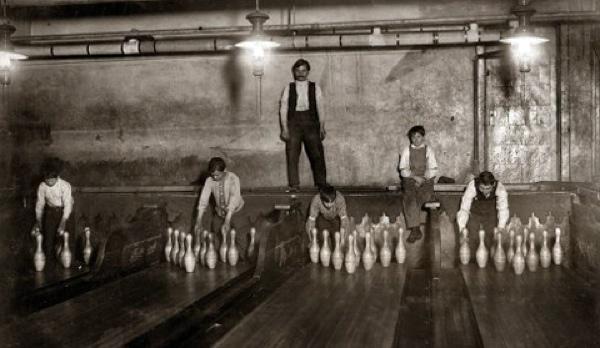 Bowling Pinboys