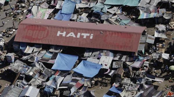 Haiti-Earthquake-2010-1-15-14-46-37