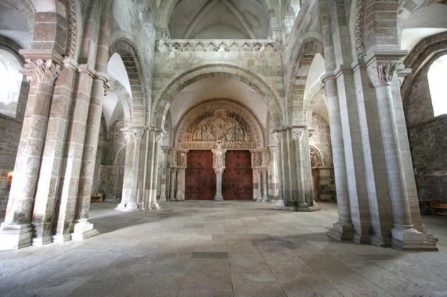 8923-Vezelay-Abbey-Narthex-Central-Portal