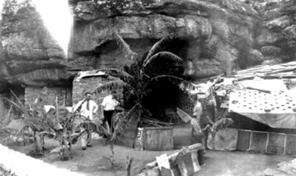 Hermits-Cave-Complex-C-1936-Valerio-Ricett-Is-On-The-Right