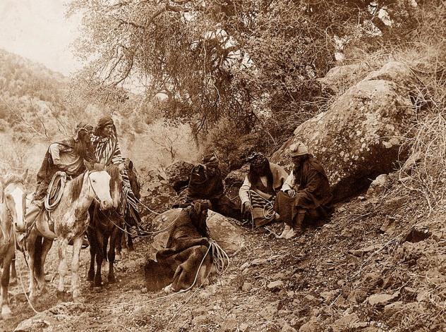 Indian-Story-Teller