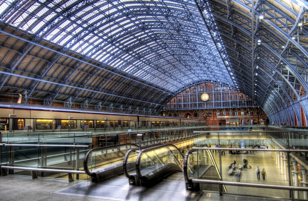 St-Pancras-International-Train-Station1