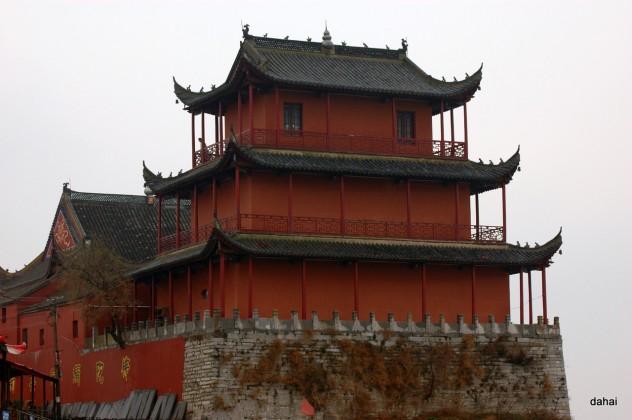 zhongmiao-temple-chaohu-anhui-china