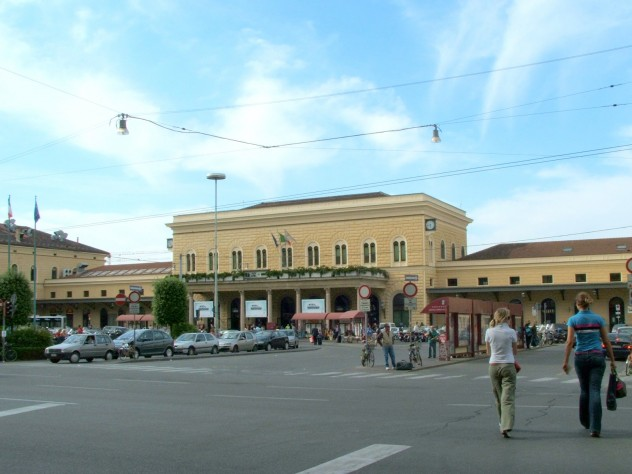 Stazione Centrale FFSS di Bologna - maggio 2006