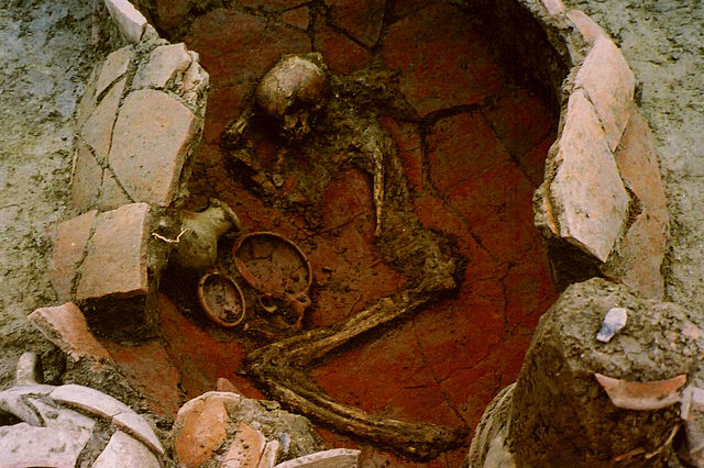 10 Horrifying Archaeological Discoveries Of Human ...