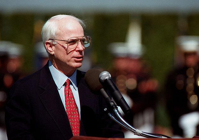 640px-McCain_in_Pentagon
