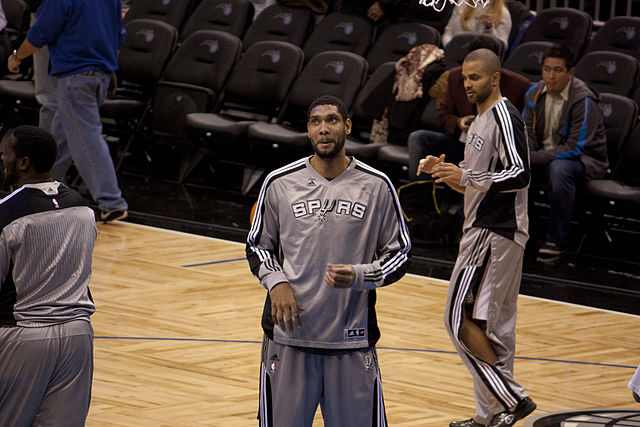 640px-Tim_Duncan_Tony_Parker_Spurs-Magic041
