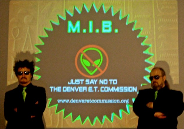 Bryan_&_Baxter_at_the_Denver_Art_Museum