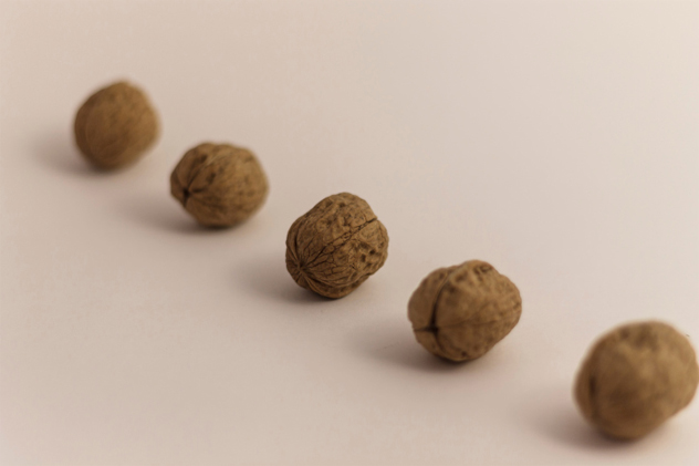 4- nut