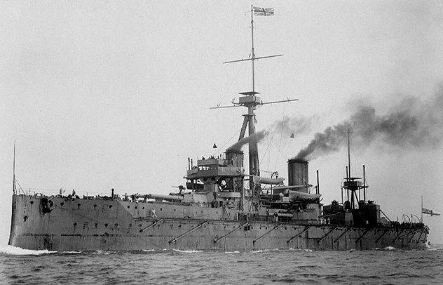 6_HMS_Dreadnought_1906_H61017