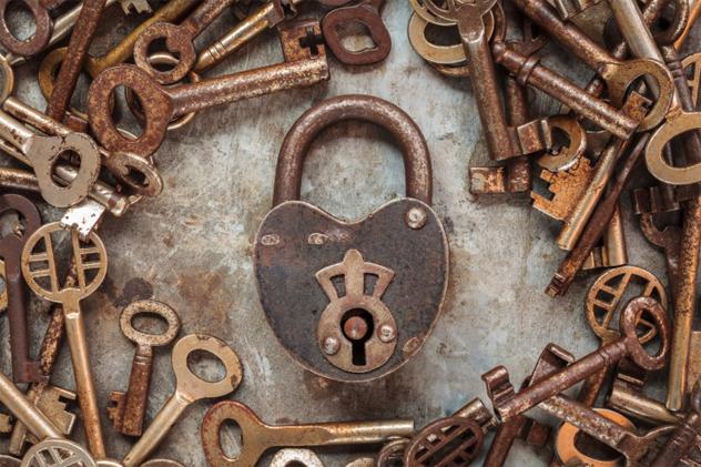 8- lock