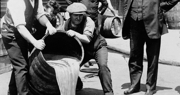 10 Fun Stories About America's Bootleggers - Listverse