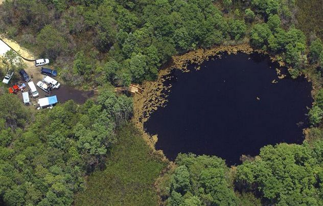 4_Eagles-Nest-Sinkhole-Florida