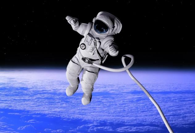 4 astronaut