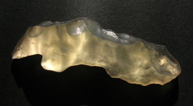 8 Libya desert glass