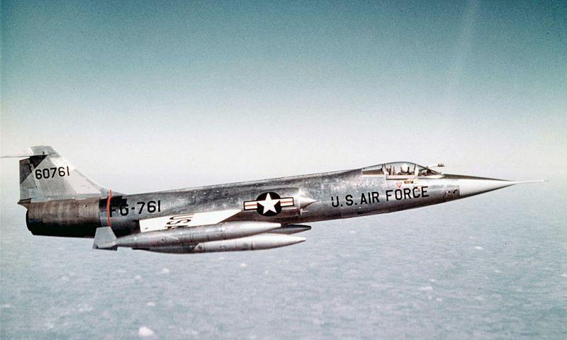 800px-Lockheed_F-104A-10-LO_060928-F-1234S-011