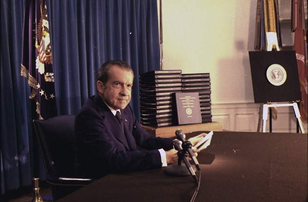 lossy-page1-640px-Richard_M._Nixon_press_conference_releasing_the_transcripts_of_the_White_House_tapes._-_NARA_-_194576.tif