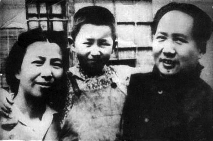 Mao_Jiang_Qing_and_daughter_Li_Na