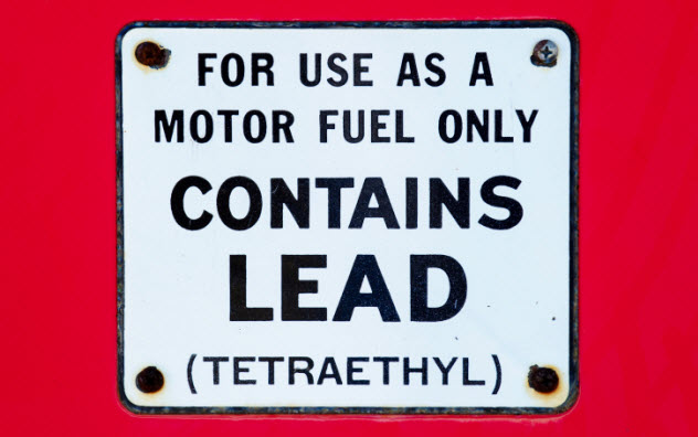 2-leaded-gas-expose-142400833