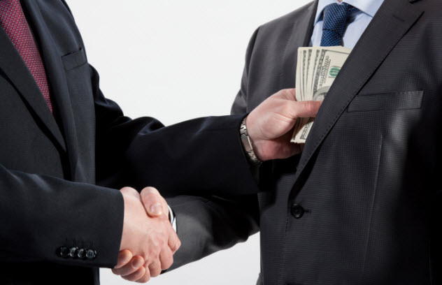 6-bribe-expose-176467915