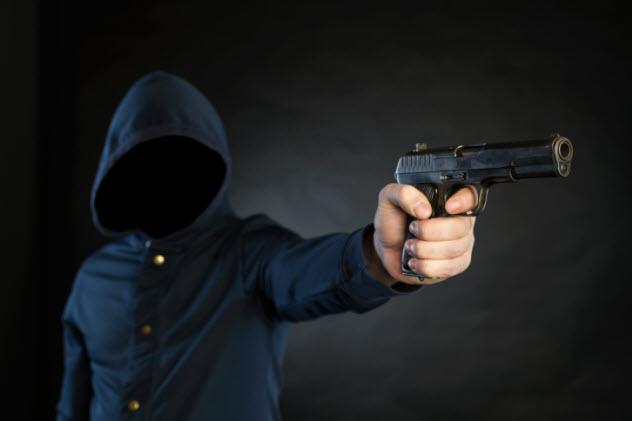 7-armed-man-474702490