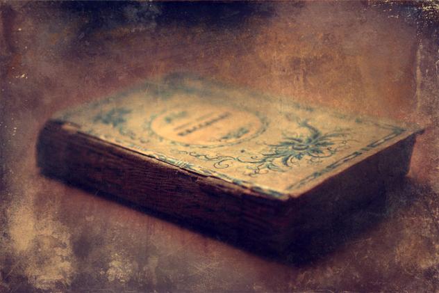 6- book curse