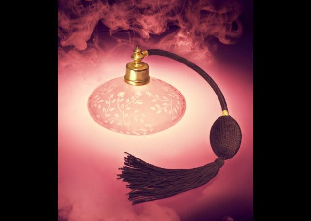 8-perfum-178743724