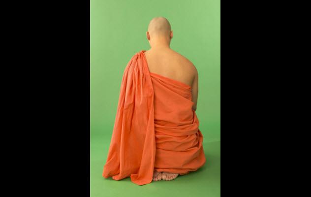 10-buddhist-monk-78618240