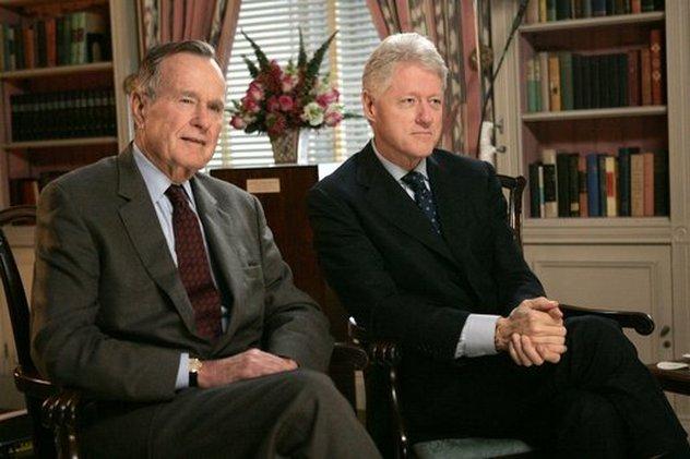8_Bush_and_Clinton