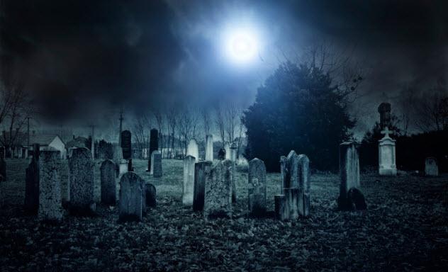 1-cemetery-521790499