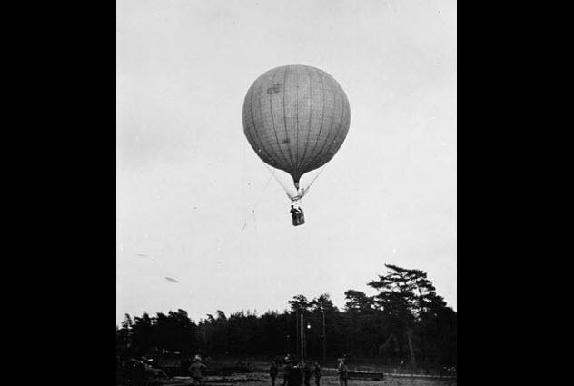 3-british-observation-balloon