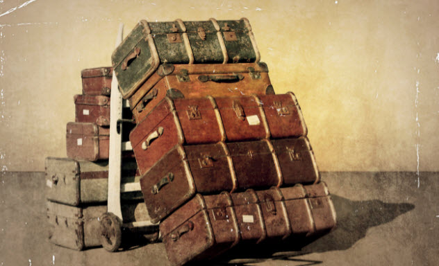 6-old-suitcases-478872565