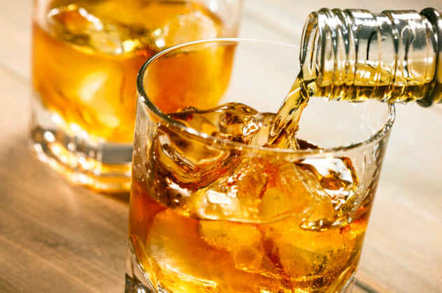 6-whiskey_000049996244_Small