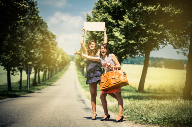 8a-hitchhiking-women_000026366443_Small