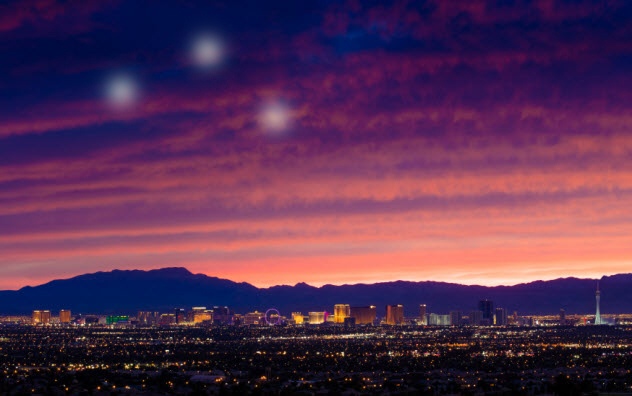 5-las-vegas-with-ufo_000074762551_Small-resize