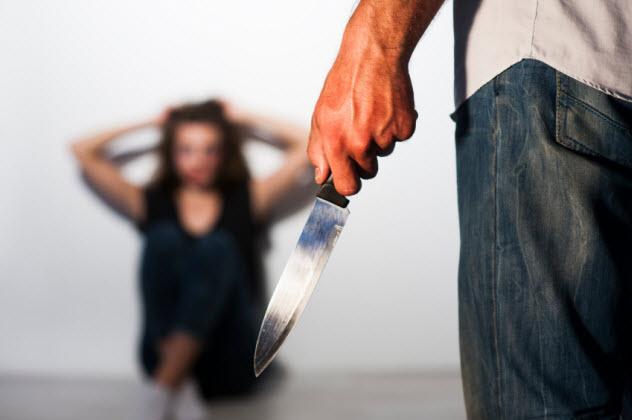 6-stabbing_000067742099_Small