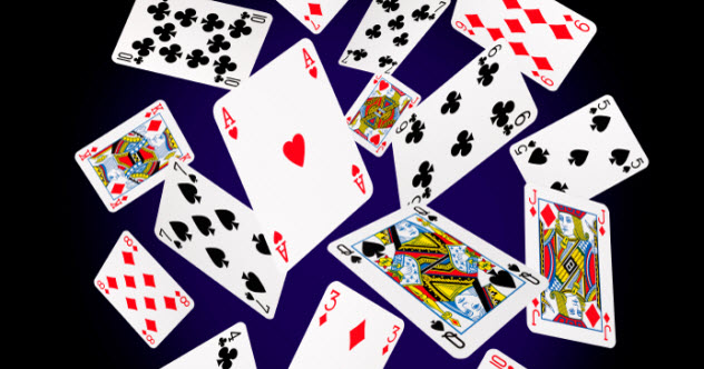 8-playing-cards_000038571614_Small