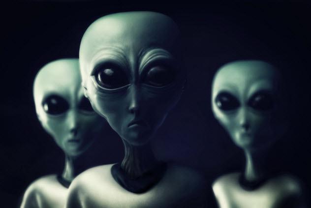 1-aliens_000021797874_Small